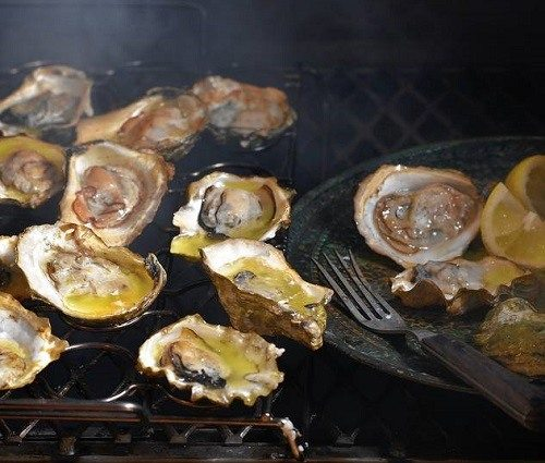 Smoking Oysters