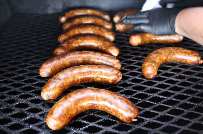 Cooking-Sausages-on-Grill